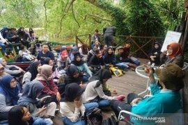 ULM membahas wisata berbasis konservasi dan kearifan lokal