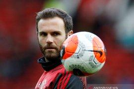 Juan Mata:  Semuanya tetap tenang dan percaya dengan para ahli