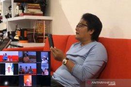 Bupati Badung lakukan 'Social Distancing' lewat rapat 'Teleconference'