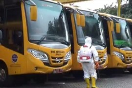 50 Bus Sekolah  dikerahkan untuk transportasi tenaga medis