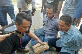 BNNP Jatim gagalkan penjualan tiga kilogram ganja di Surabaya