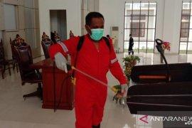 Pemkab Malra kerahkan satgas COVID-19 semprot disinfektan