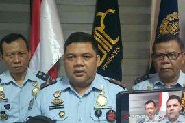 Dampak COVID-19,  pembuatan paspor di Imigrasi Cirebon turun 60 persen