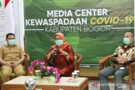 """Bupati Bogor tolak gagasan """"rapid test"""" di Stadion Pakansari"""