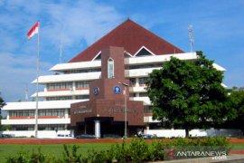 IPB beri bantuan VTM-APD untuk Kota dan Kabupaten Bogor