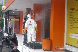 Penyemprotan disinfektan difokus di pusat perekonomian Sukabumi