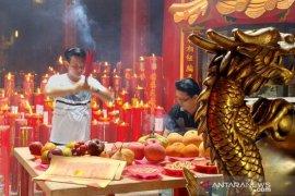 Gubernur Babel minta masyarakat rayakan Cheng Beng di rumah