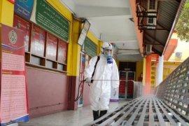 UMSU semprotkan disinfektan di kawasan kampus