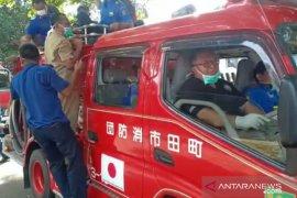 Bupati Sukabumi turun langsung imbau warga lakukan social distancing