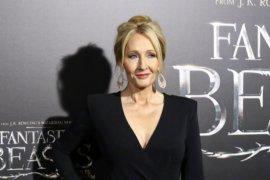 """JK Rowling terbitkan dongeng untuk dibaca anak-anak selama """"lockdown"""""""