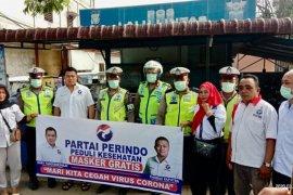 Partai Perindo Langkat bagi 1.000 masker gratis