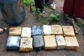 BNN-Bea Cukai gagalkan penyelundupan 32 kg sabu-sabu dari Malaysia