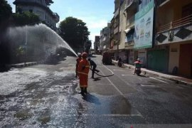 Pemkab Klungkung semprotkan 40.000 liter disinfektan