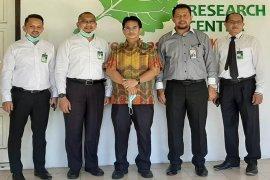 Bank Aceh Syariah dukung ARC Unsyiah produksi hand sanitizer