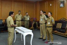 Dua pejabat administrator ambil sumpah pelantikan untuk jabatan barunya