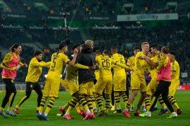 Dortmund potong gaji pemain karena tekanan finansial dampak corona
