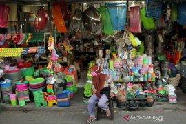 Pembatasan waktu operasional pasar tradisional di Makassar Page 1 Small