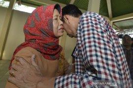 Ibunda berpulang, Presiden Jokowi dan istri tiba di Solo