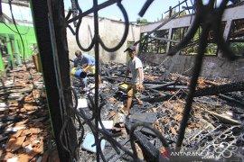 Kebakaran bangunan sekolah