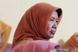 Presiden Jokowi terbang ke Solo setelah berita duka ibunda berpulang