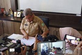 Penanganan jenazah positif COVID-19 di  Jalan HM Suwingyo sesuai prosedur