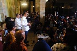 Gubernur Sulawesi Selatan minta bupati dan  wali kota siapkan akses informasi COVID-19
