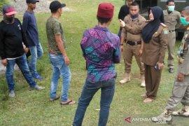 Cegah COVID-19, Satpol PP Aceh Jaya razia puluhan pedagang keliling dari luar daerah