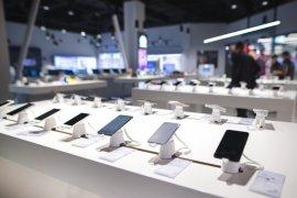 Dampak pandemi COVID-19, penjualan ponsel dunia turun