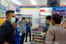 Pelaku usaha di Nagan Raya mulai sediakan pencuci tangan cegah COVID-19