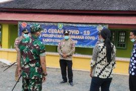 Bupati Tabalong pantau kegiatan skrining di perbatasan
