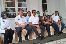 Hasil tes Unand, seorang tenaga medis di Padang positif COVID-19