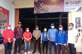 DPRD Lampung bersama Pokdarkamtibmas Labuhan Maringgai cegah  penyebaran COVID-19 Page 6 Small