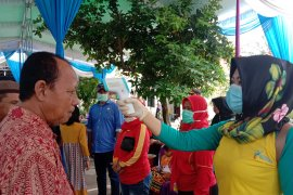 DPRD Lampung bersama Pokdarkamtibmas Labuhan Maringgai Cegah Corona Page 4 Small