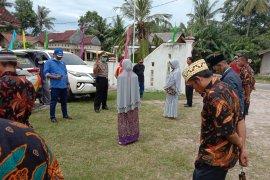 DPRD Lampung bersama Pokdarkamtibmas Labuhan Maringgai Cegah Corona Page 5 Small