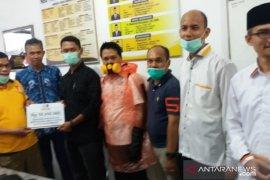 Fraksi PKS DPRD Banjarmasin nyumbang Rp50 juta untuk tangani Covid-19