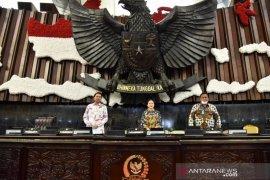DPR RI gelar Sidang Paripurna dengan protokol cegah COVID-19 Senin