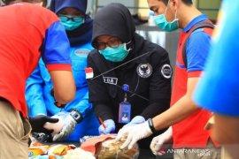 Polda Kalbar musnahkan 12 kilogram sabu dan  2,1 kilogram tembakau gorila