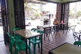Penjualan sepi akibat corona, pedagang di Tapteng harapkan dana stimulus