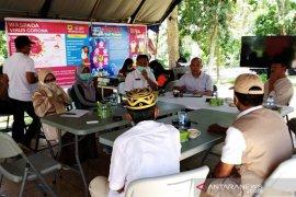 63 orang yang kontak erat dengan pasien positif COVID-19 di Tanah Datar akan dilakukan tes cepat