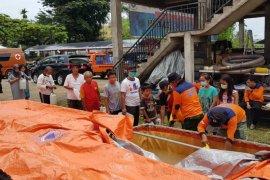 Gugus Tugas Provinsi Jambi bagikan disinfektan gratis