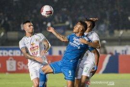 Pemain Persib Bandung diminta kembali menjalani latihan mandiri