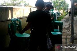 Pesta pernikahan di Cianjur dibubarkan aparat Polres