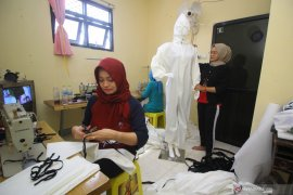 Produksi APD UMKM Surabaya