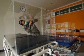 "UMM produksi ""safety chamber"" untuk kurangi risiko dokter tertular COVID-19"