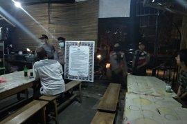 Cegah penyebaran COVID-19, Polres Bangka Barat gencarkan patroli malam