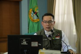 300 orang di Jabar positif COVID-19 berdasarkan tes cepat, kata Gubernur