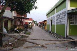 Warga Mutiara Permai Panam Pekanbaru lakukan Local Lockdown, begini penjelasannya
