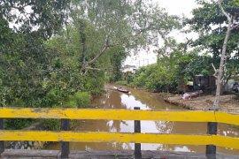 DLH Banjarmasin teliti air di Sungai Martapura yang alami keruh-kekuningan