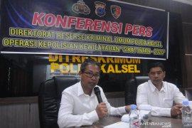 Polda Kalsel sita 101 senjata tajam dalam operasi Sikat