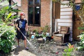 Relawan 87 semprot disinfektan ke 700 rumah di Situjuah